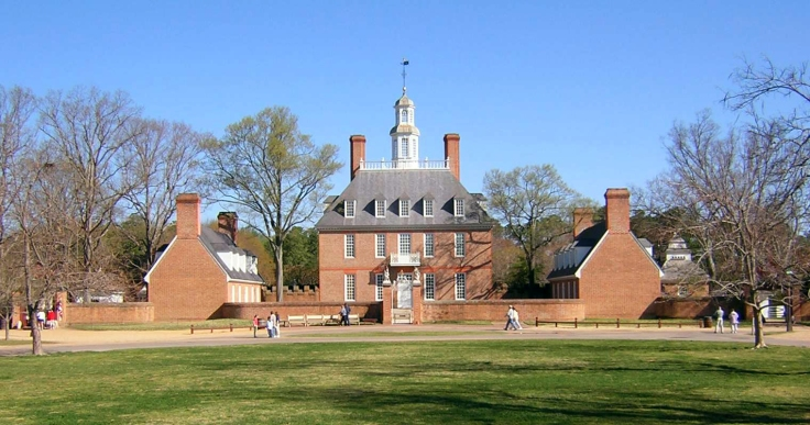colonial_williamsburg_governors_palace_front_dscn7232
