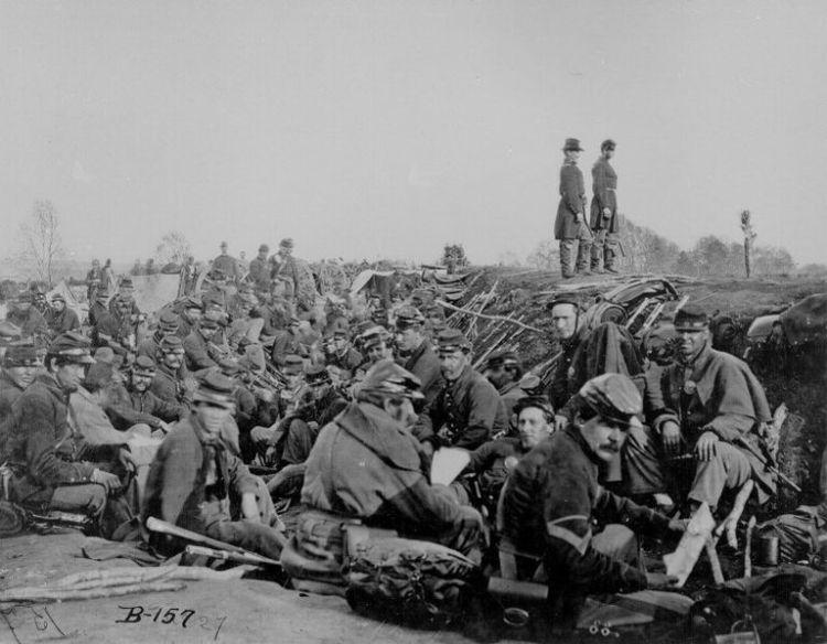 battle-of-peterburg-large-56a61b2b3df78cf7728b5dce