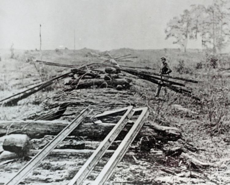 destroying_cw_railroads